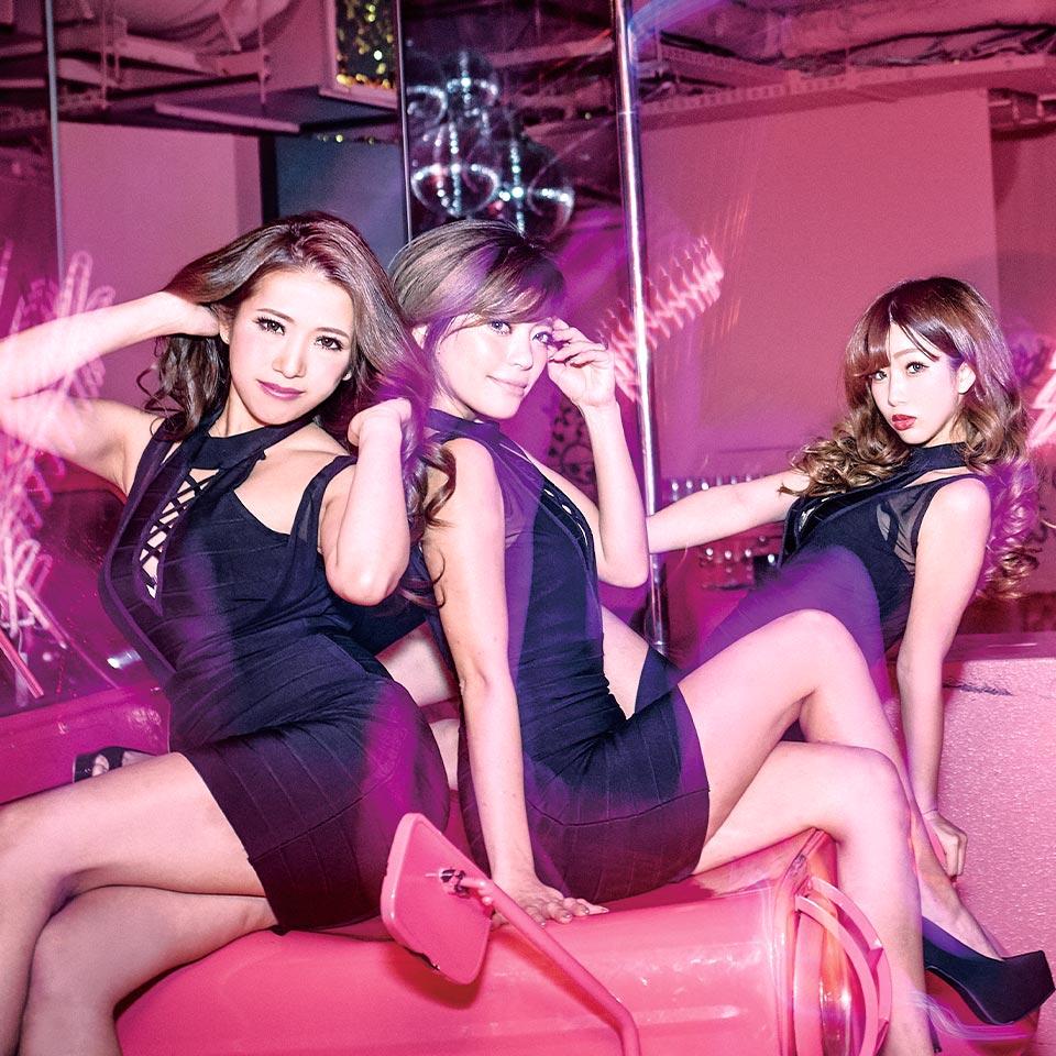 06_gramor_dancers_1